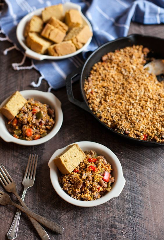 Pinto Bean Skillet Bake with Spicy Sunflower Oat Topping:
