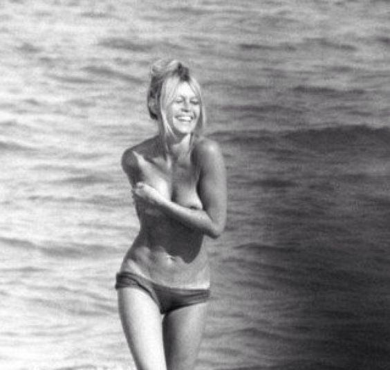 BRIGITTE BARDOT #icon #beachicon #vintage #swimwear #glamour #bikinigirl