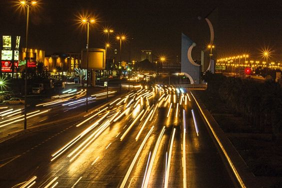 A view from the Al-Jameah #Over-bridge. #jeddah #roads #night #light_trails