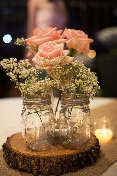 Inspiração de decoração de mesa para um casamento rústico! www.blogrealizandoumsonho.com.br: