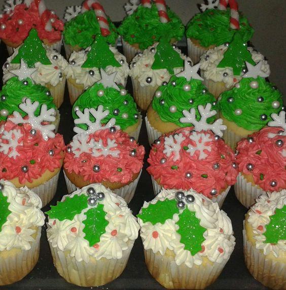 muchos cupcakes navideños!!!