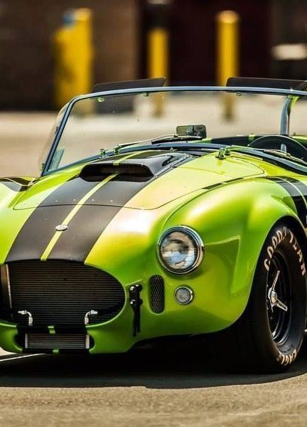 AC Cobra...one of my favorite colors!