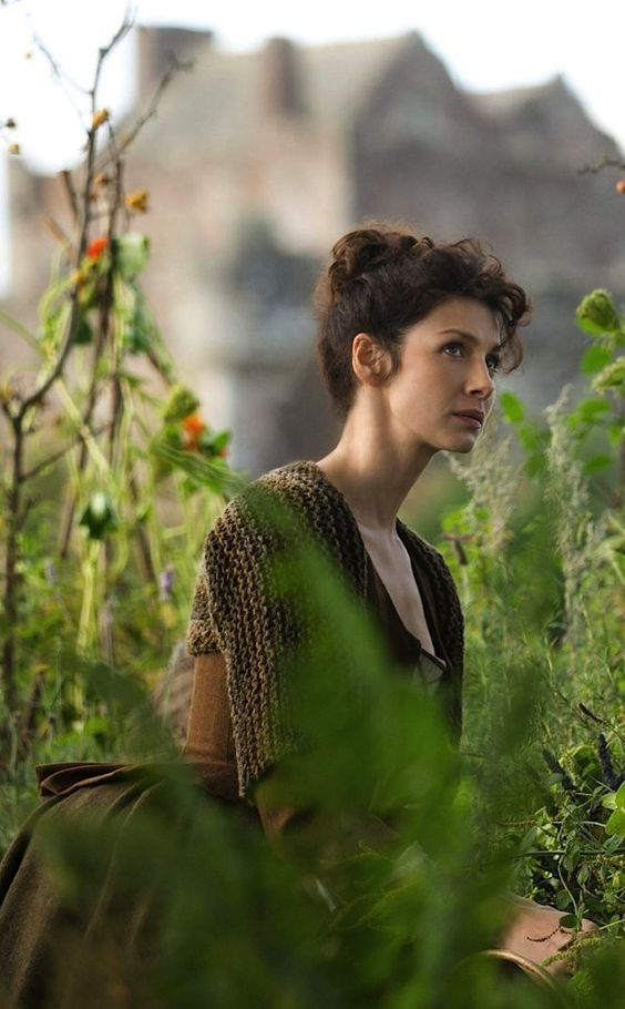 "mademoisellelapiquante: ""   Caitriona Balfe as Claire Randall Fraser in Outlander "":"