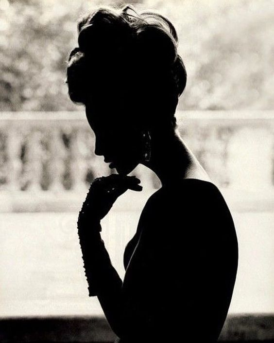 2018/10/11 07:49:48 A Silhouette of a supermodel 👌🏻... #christyturlington #90s #supermodels #silhouette @cturlington