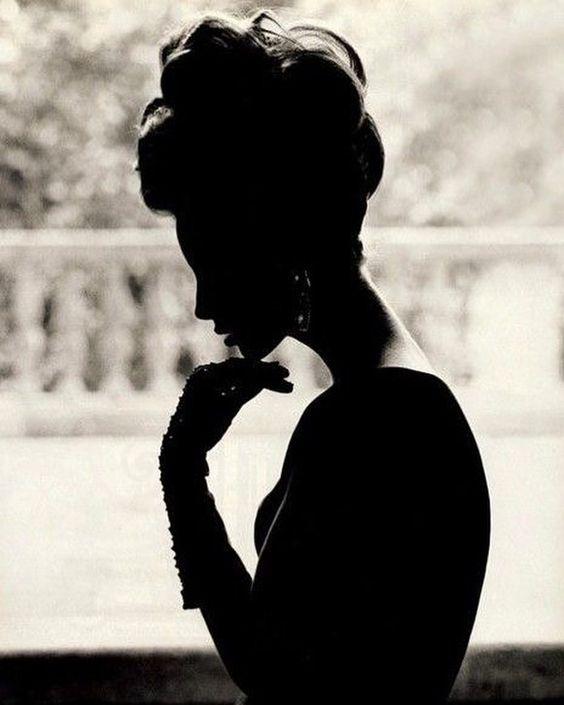 2018/10/11 07:49:48 A Silhouette of a supermodel 👌🏻... #christyturlington #90s #supermodels #silhouette @cturlington
