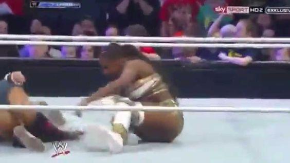 Naomi Top 10 Moves