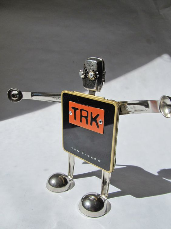 Etsy の TRK-Robot Found Object Robot by BoltWerks