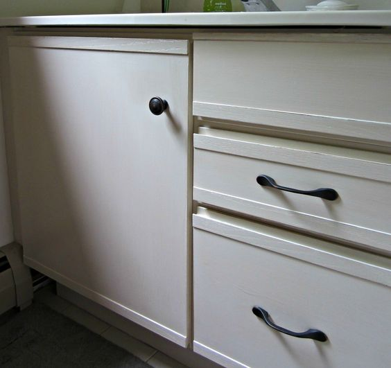 Paint Laminate Kitchen Cabinets: Painting Laminate Cabinets, The O'jays And Primer On Pinterest