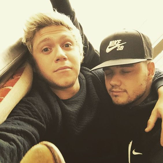 Niall posted this on IG! | Happy birthday Liam Payne !! Miss your scent...