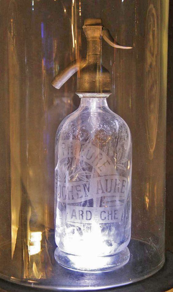 bouteille d 39 eau de seltz bar drinks pinterest bottle. Black Bedroom Furniture Sets. Home Design Ideas