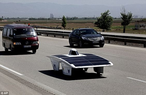 Could We Power Cars With Solar Powered Hydrogen Fuel Cells Solar Car Hydrogen Fuel Cell Solar Powered Cars
