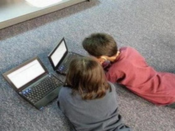 Tiga Cara Atasi Anak Malas Belajar di Rumah