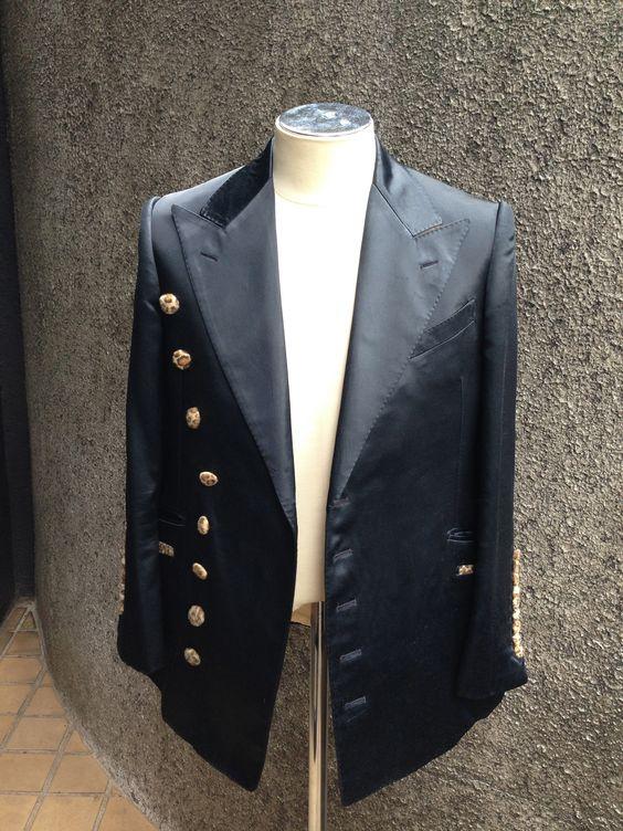 black and leopard design's jacket front.