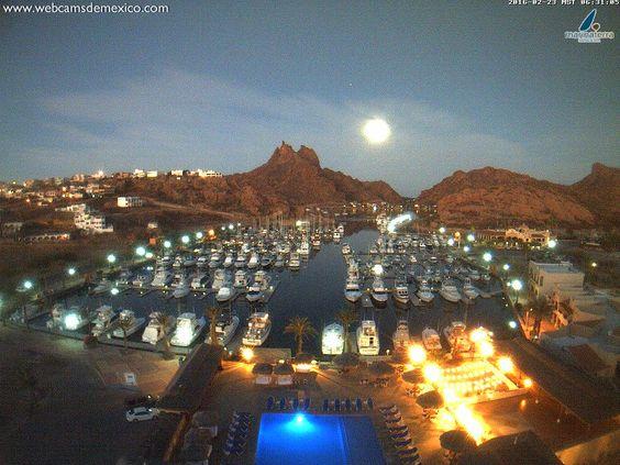 """Webcams de México on Twitter: """"Así vive su #LunaLlena #SanCarlos #Sonora este amanecer. Vista @marinaterra_sc https://t.co/nGXtig3Z92"""""""