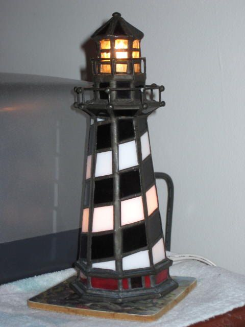 Leaded glass Cape Hatteras Lighthouse light-in great working condition, I love lighthouses.