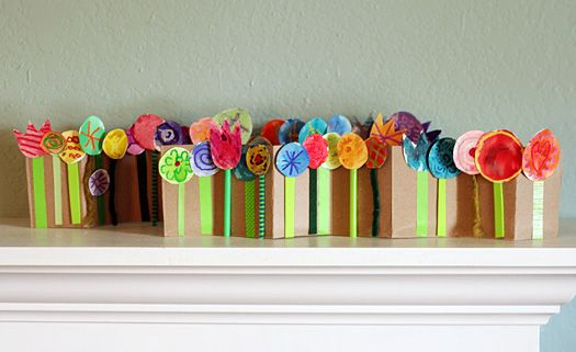 Accordion-folded Spring Flower Scene - make accordion backdrop out of cereal boxes, stems made from pipecleaners, straws, paper strips; paint and color flowers, cut images from catalogs, or use mini cupcake liners.