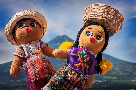 Muñecos chapines