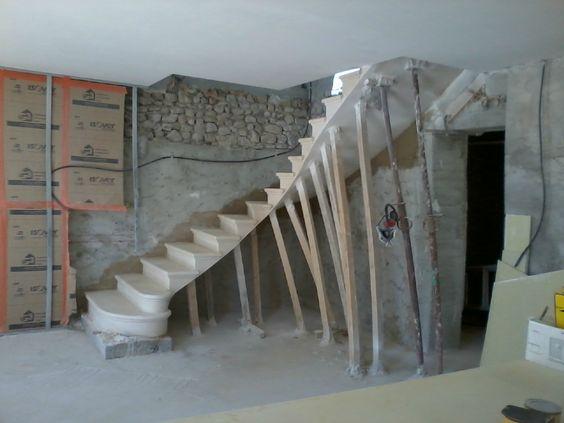 Escalier Massif Autoportant 1 4 Tournant Tailleur De Pierre