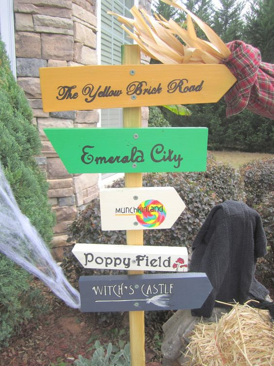 Oz signs, Dorothy Sign, Yellow Brick Road Sign, Halloween - halloween decorations for the yard
