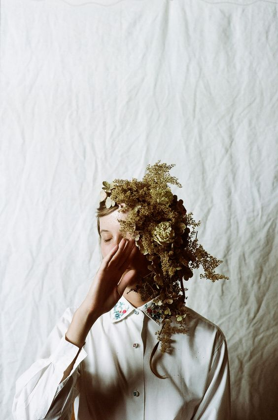 If there's time towards the end of the shoot, it would be great to have some more experimental, editorial style shots. Basically, Matilda making her magic! // Parker Fitzgerald