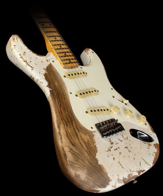 Relic Guitar Strat'
