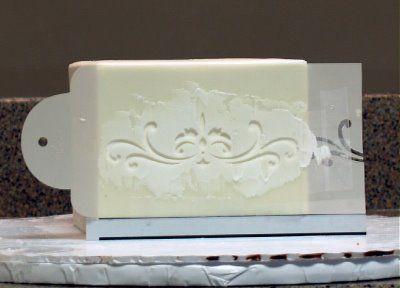 stencil a cake