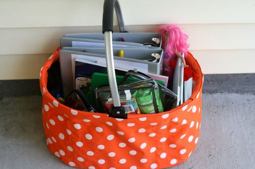 Amazing road trip basket and binder tips for little kids