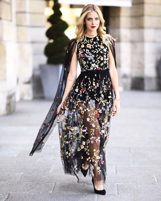 "328.8 mil Me gusta, 1,330 comentarios - Chiara Ferragni (@chiaraferragni) en Instagram: ""J'adior @dior by #MariaGraziaChiuri #TheBlondeSaladaGoesToParis"""