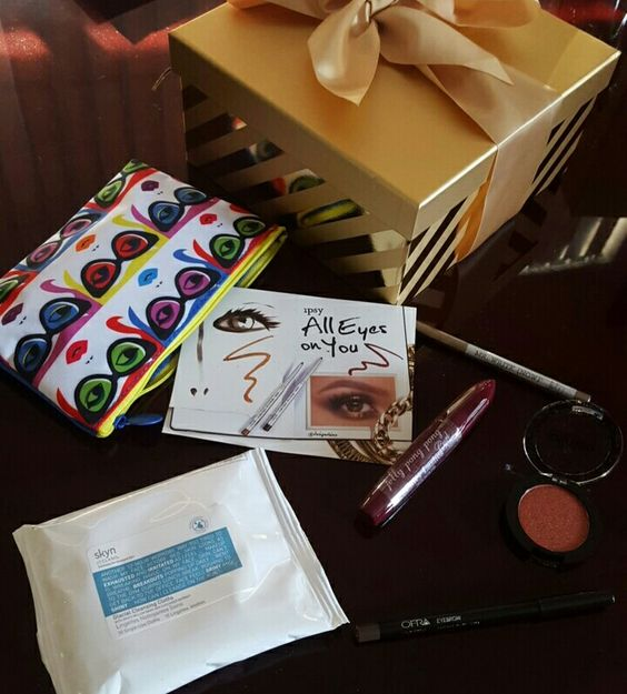 Ipsy January 2016 GlamBag ❗All Eyes on You❗ ☆ Skyn Iceland- Glacial Cleansing Cloths {10 count} ☆ Ofra Eyebow- Universal ☆ jelly pong pong- Fairly Lashes Mascara ☆ Blinkie- Shimmer Eyeshadow {102 Tangerine Light ☆ the Balm- Mr. Right (Now) Eyeliner Pencil {Jac} #Ipsy #IpsyBag #JanuaryGlamBag #AllEyesOnYou #Subscription #SubscriptionBag