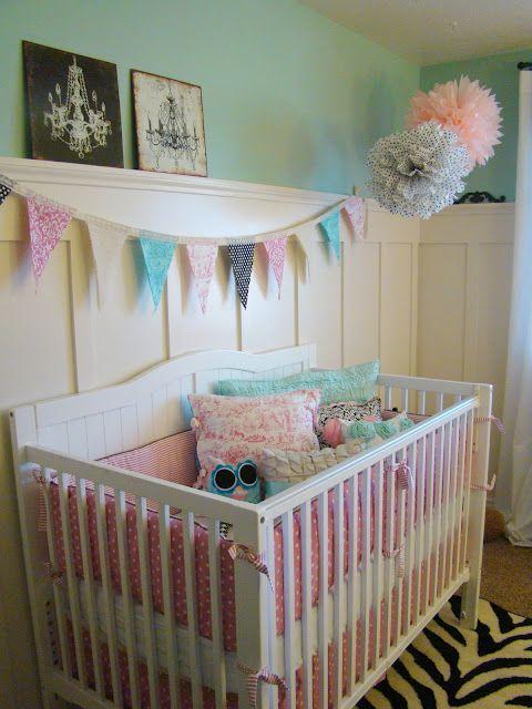 love the bunting! Baby Pinterest Couleurs de peintures, Bébé