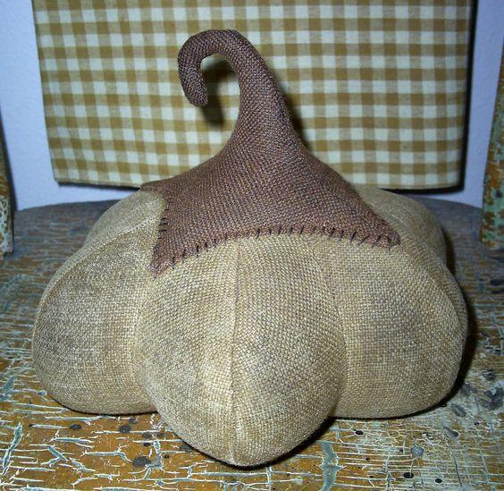 primitive pumpkin sewing patterns free | ... and stuffed and STUFFED, till it becomes………a Fabric Pumpkin