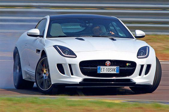 """#Jaguar F-Type R Coupé, parco giochi da sogno - Prova su strada: pensata per divertire con i motori """"base"""" con la 5.0 R da 550 cavalli, la faccenda diventa ancor più emozionante http://www.auto.it/prova_su_strada/jaguar-f-type-r-coupe-parco-giochi-sogno/"""
