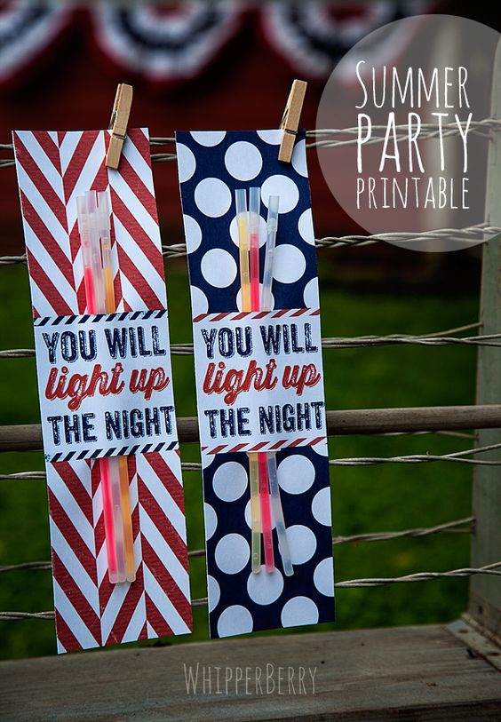 Summer Printables {Glow stick or sparkler wrapper in red, white, and blue prints} from Heather whipperberry.com   theidearoom.net