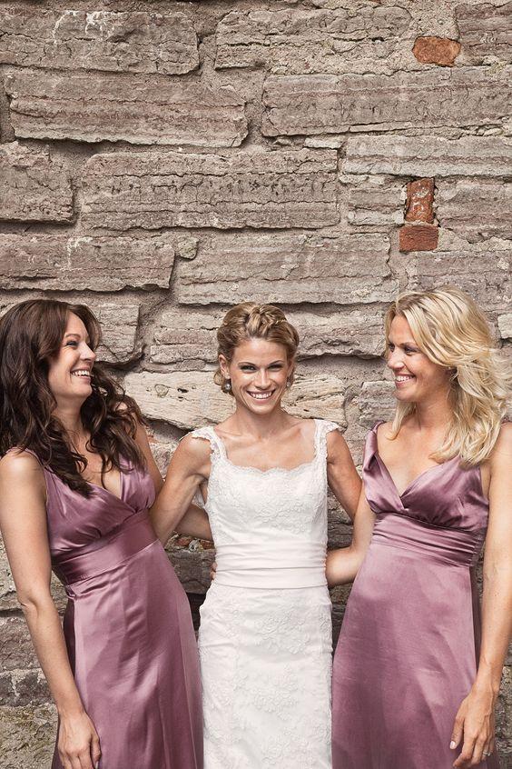 Photo by Olof Elm - Lindström Studio - www.lindstromstud... - © Copyright Fotograf Jonas Lindström AB - #wedding #bröllop #love #brudpar #vigsel #bride #bridesmaids