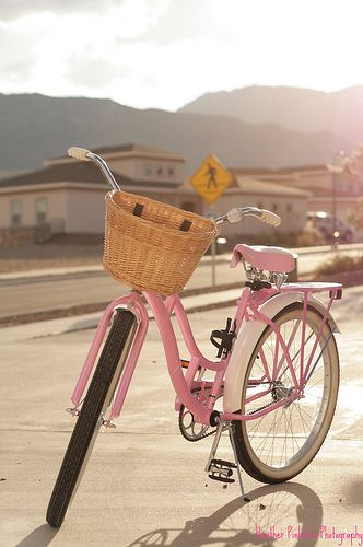 Pink Schwinn beach cruiser bike.  TOTALLY happening for college!