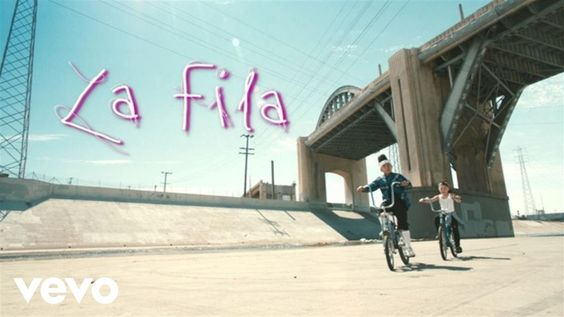 Luny Tunes – La Fila (Lyric Video) ft. Don Omar, Sharlene, Maluma