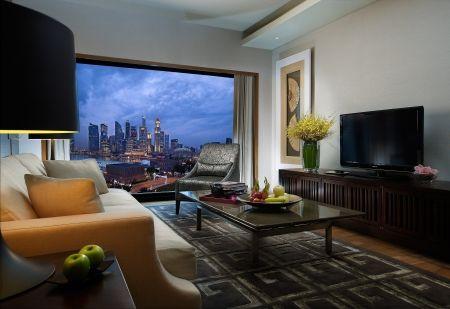 Beautiful Room And Nice City View
