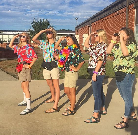 Tacky tourist day for homecoming week | Spirit day ... | 564 x 551 jpeg 77kB