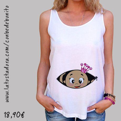 https://www.latostadora.com/conbedebonito/camiseta_cucu_bebe_asomando_corona_rosa_tirantes_anchos_38_loose_fit_blanca/1427908