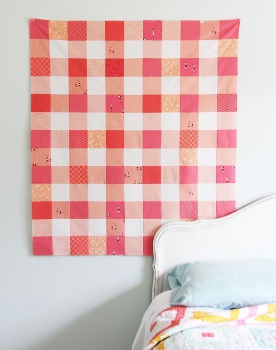 Easy Gingham Coral Quilt Top with Fabric Requirements