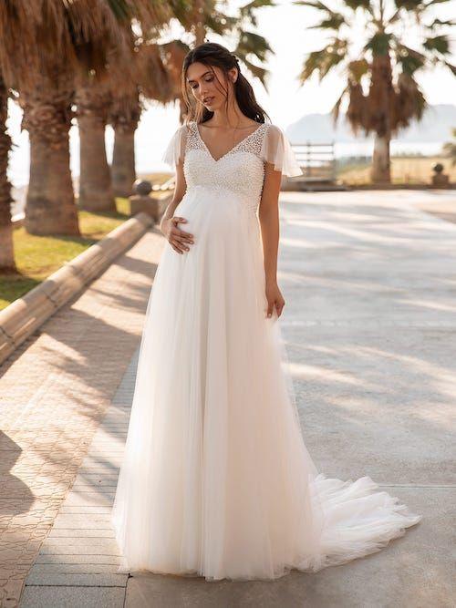 Épinglé sur Robes de mariée Femme enceinte