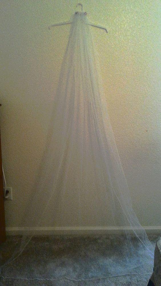 Custom wedding veils by nikkisbridal on Etsy