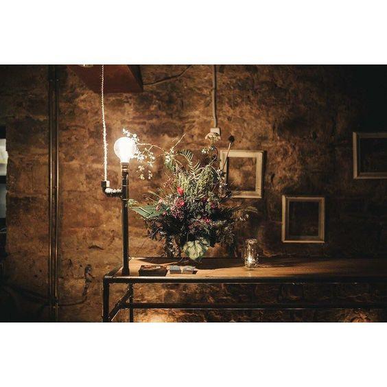 Diseñar la mesa de recepción de un local único del s.XVII y para un proyecto como el @borntocookbarcelona ha sido todo un gusto. Muchas gracias por confiar en nosotros chicos!!! #table#lamp#pipefurniture#batllopieces#uniquepieces#industrialstyle#lighthing#design#furnituredesign#handmade#batlloconcept#borntocook#cookingclass#born#barcelona by batlloconcept