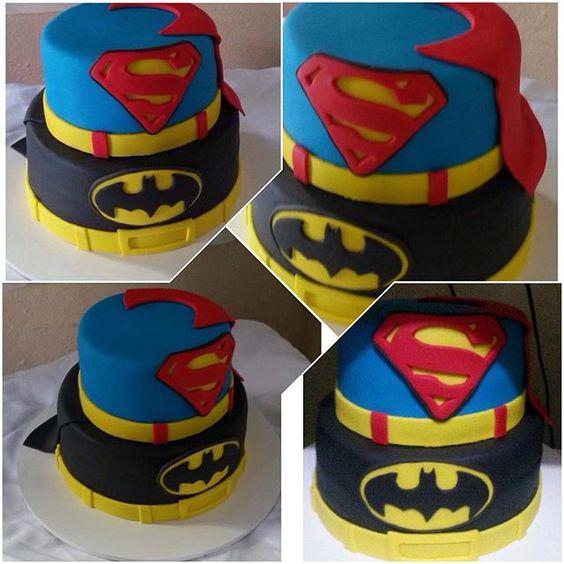 Bolo #superman e #batman #cake #pastaamericana #bolo #confeitaria #superherois