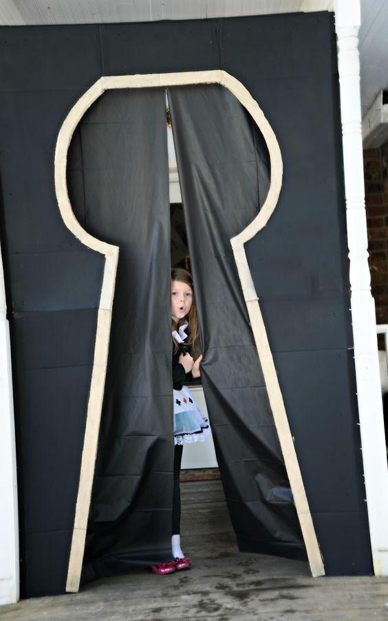 Kayleigh Brickey Designs: Alice In Wonderland Party