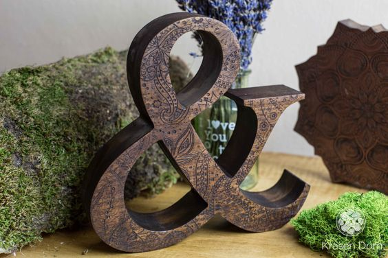 Engraved wooden letters of natural walnut wood. Personalized wooden letters, free standing letters. Wedding letters. Custom letters. de krasendom en Etsy https://www.etsy.com/es/listing/246327063/engraved-wooden-letters-of-natural