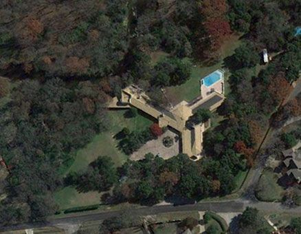 Aerial View - John Gillin House / 9400 Rockbrook Drive, Dallas, Texas / 1958 / Usonian / Frank Lloyd Wright
