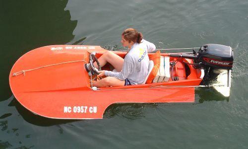 8' Tiny Titan 3-point hydroplane www.boatdesigns.com ...