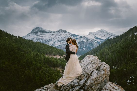 Waterton Wedding. Elopement Wedding. Mountain Top Wedding. Calgary Wedding Photographers.: