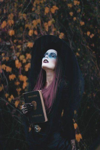 Idées de maquillage halloween femme à copier - sorcière